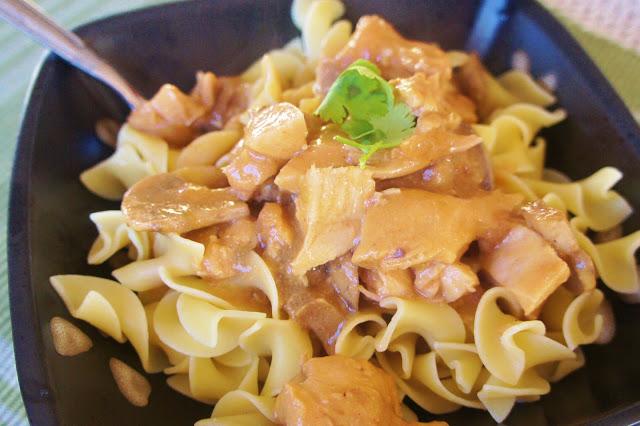 Chicken Stroganoff with a Seasoned Slow Cooker Liner - 365 Days of ...