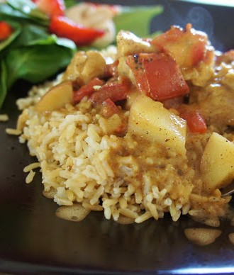 Easy Recipe for Slow Cooker Coconut Chicken Curry