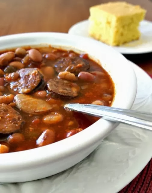 Recipe for Slow Cooker Smokey 15 Bean Soup with Sausage #soup #easydinner #crockpotrecipe