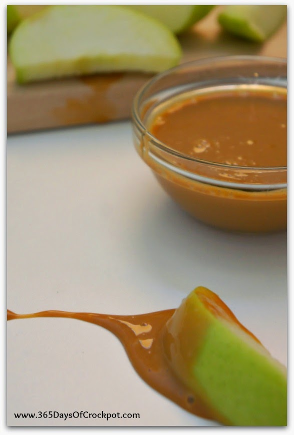 How to make 1-Ingredient Caramel Sauce in the CrockPot!  Did you know this was possible? #dessert #slowcooker