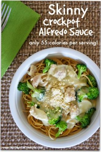 Skinny Crockpot Alfredo Sauce Recipe {only 55 calories per serving}