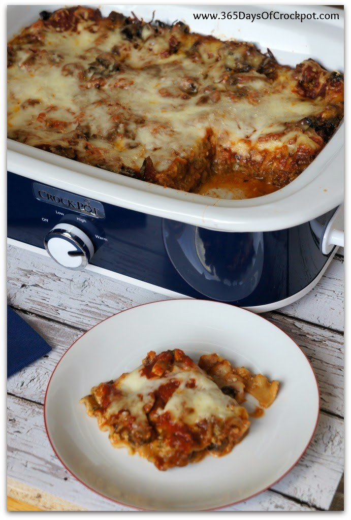 Crockpot Pesto Mushroom Lasagna.  An easy, one-pot meal that doesn't require pre-boiled noodles.