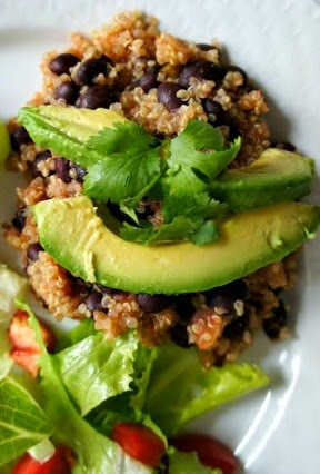 EASY EASY EASY!  Slow cooker Mexican quinoa (or orzo) with black beans and avocados...get the recipe and video!