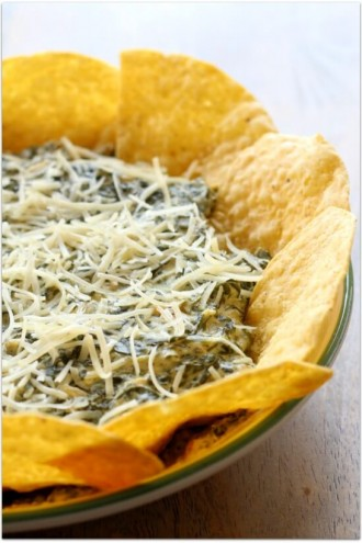 Easy Slow Cooker Spinach Dip