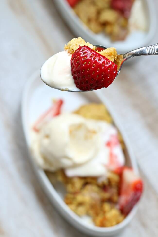 fresh strawberry and rhubarb cobbler in the crockpot with only 4 ingredients!