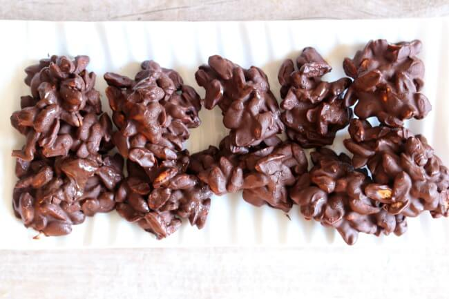 Slow Cooker Dark Chocolate Peanut Clusters 365 Days Of Slow Cooking And Pressure Cooking
