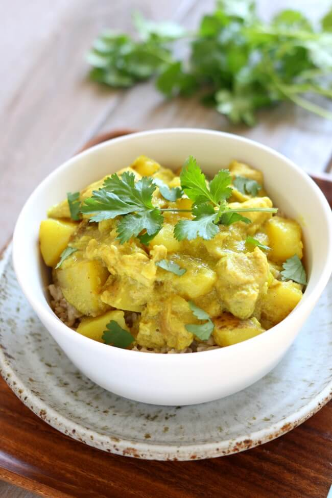 Slow Cooker Yellow Chicken Curry - 365 Days of Slow ...