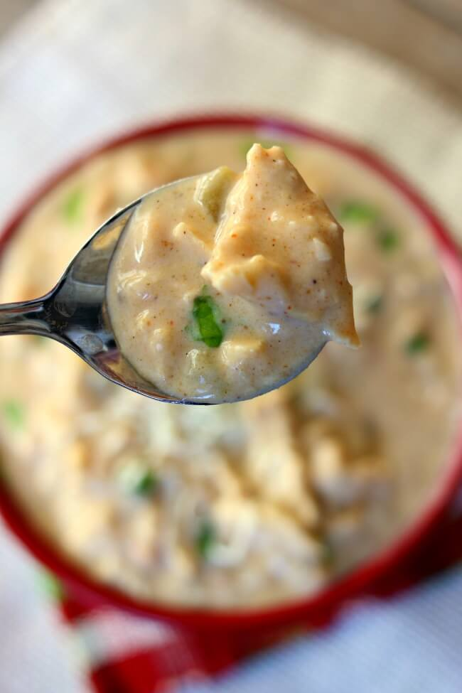 Instant Pot Creamy White Chicken Chili--an indulgent white chili recipe with green chiles, onion, chicken breasts, and white beans (dried or canned). Win your next chili cook-off with this recipe.
