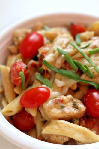 Instant Pot Chicken Margherita Pasta