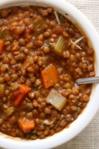 Instant Pot/Slow Cooker Garlic Herb Lentils