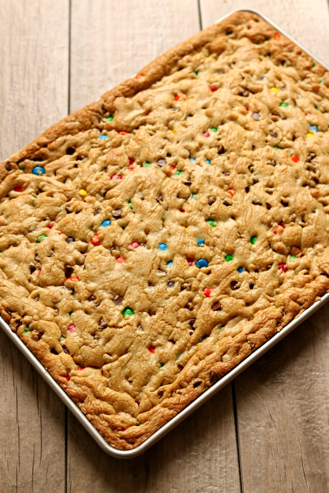 favorite chocolate chip m&m cookie bars