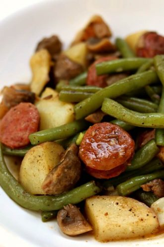Instant Pot Cajun Sausage, Potatoes and Green Beans