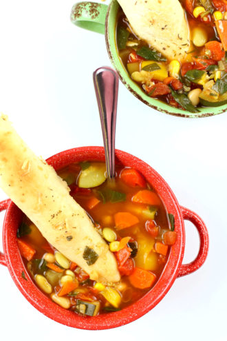 Instant Pot 10 Vegetable Soup