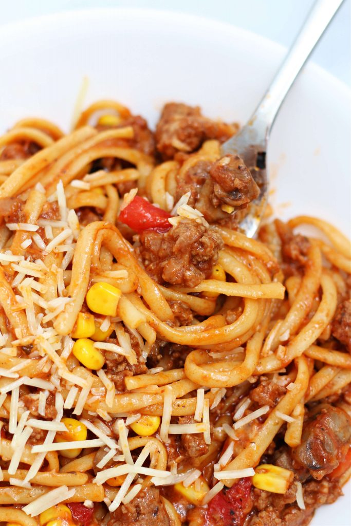 linguine with cheese, ground beef, tomatoes and corn
